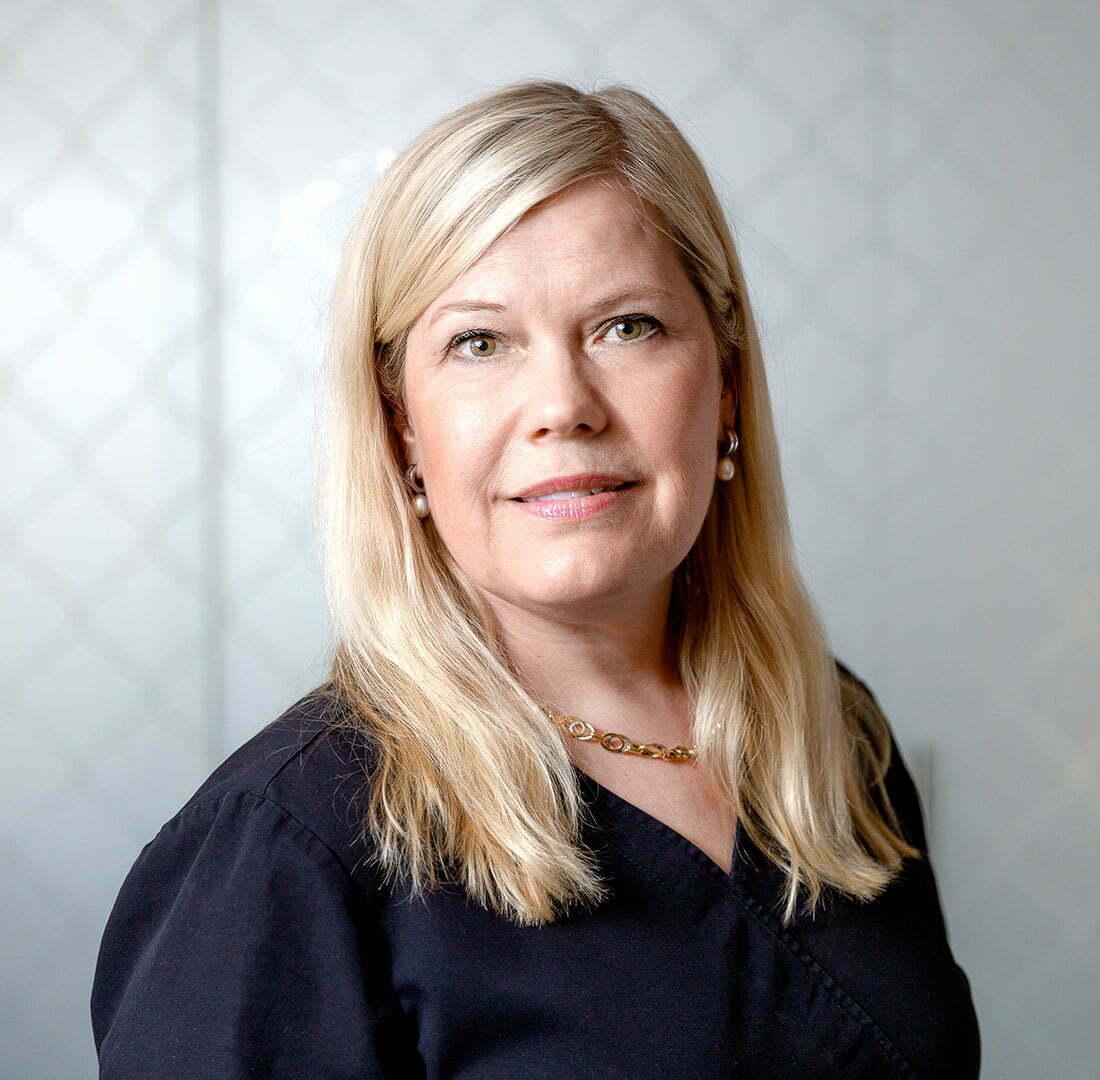 Receptionist Pernilla Lorentzen
